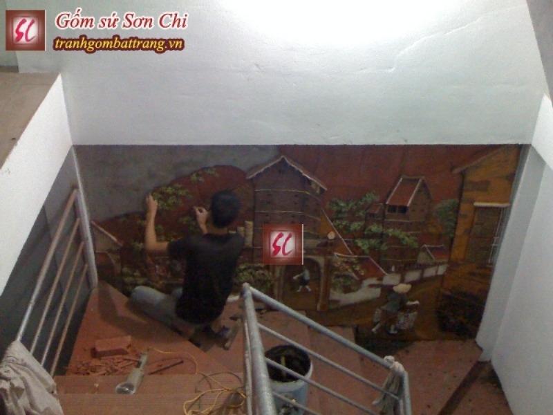 Công Trình Tranh Gốm Cổng Làng Ở Cầu Thang